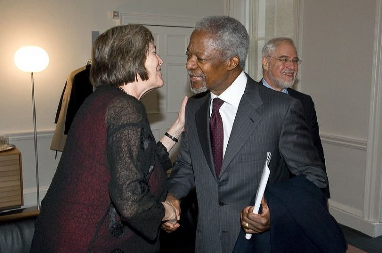 Clare Short with UN Secretary General Kofi Annan.