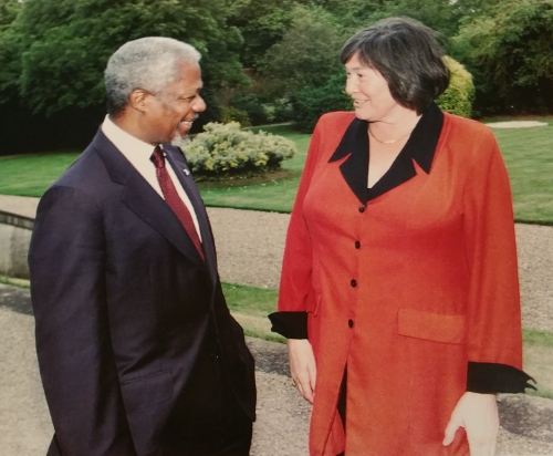 Clare Short with Kofi Annan
